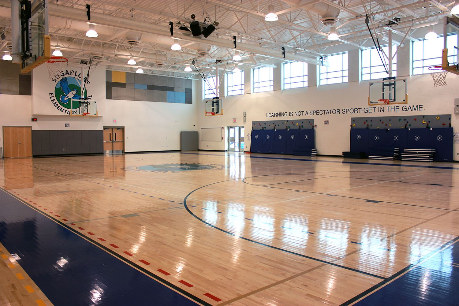 Sugarloaf Rec Center - Gymnasium