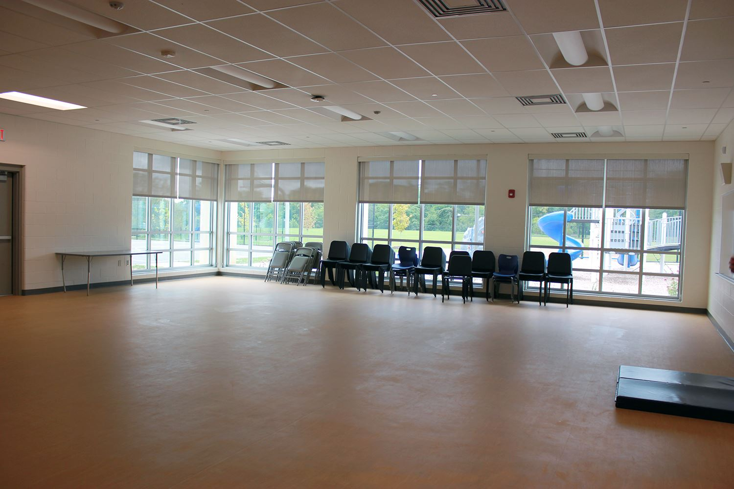 Sugarloaf Rec Center - Rec Room